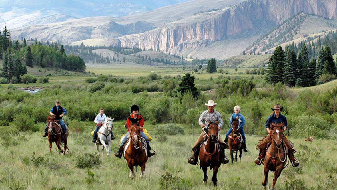 Running riders at 4UR Ranch