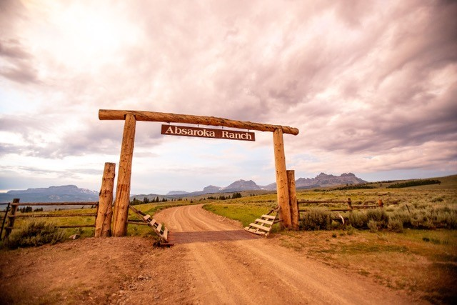 Absaroka Entrance