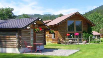 Lodge cabins at Blacktail Ranch
