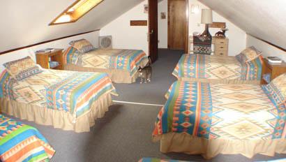 Cabin beds at Broken Arrow Ranch
