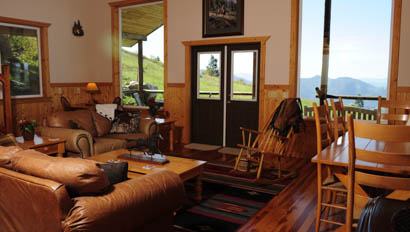 Lodge living room at Bull Hill Ranch