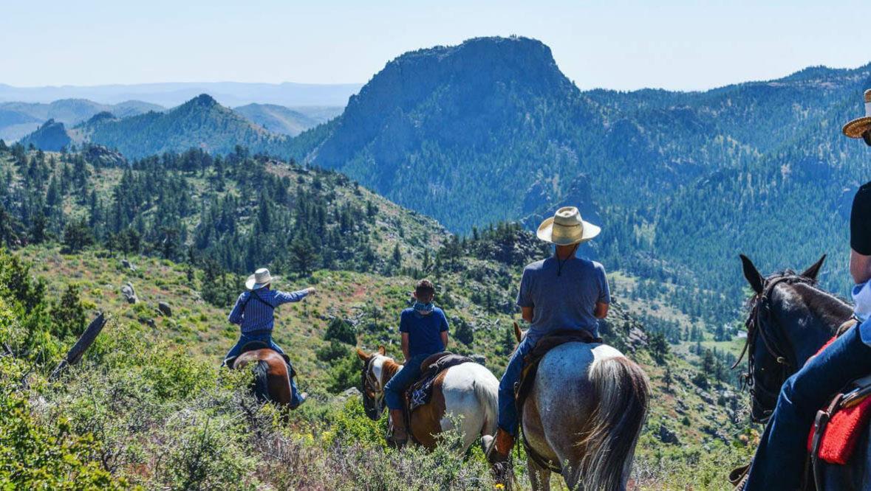 Trail ride at Cherokee Park Ranch