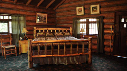 Cabin bed at Crossed Sabres Ranch