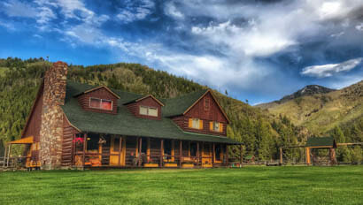 Diamond D Ranch lodge