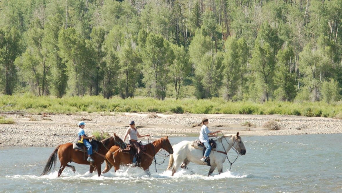 River crossing trail ride at Goosewing Ranch