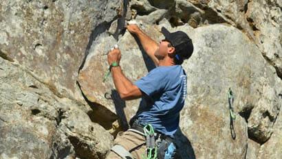 Guest rock climbing at Horseshoe Canyon Ranch