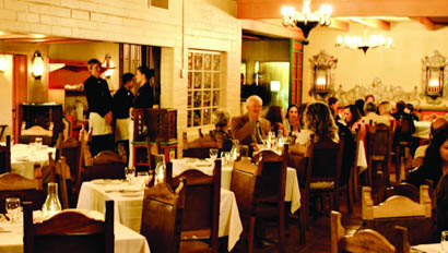 Dining room at Rancho de los Caballeros