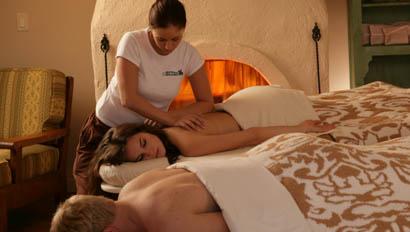Couples massage at Rancho de los Caballeros
