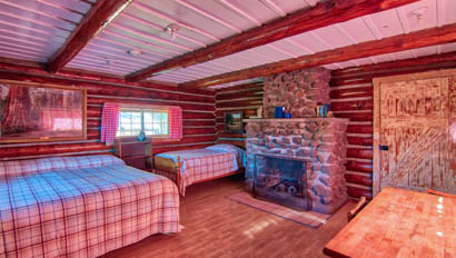 Sprucedale cabin room