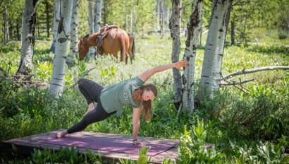 Vista Verde outside yoga