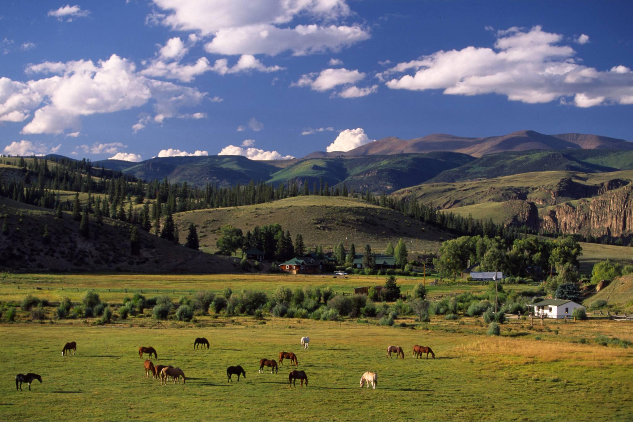 4UR Beautiful Colorado Dude Ranch Vacation