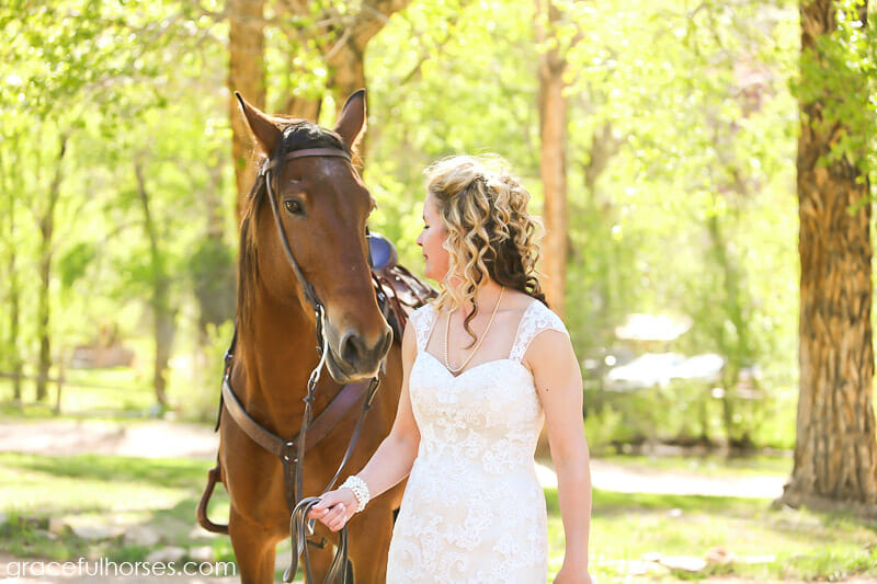 Bride-and-Lazy-LB-Ranch-horse