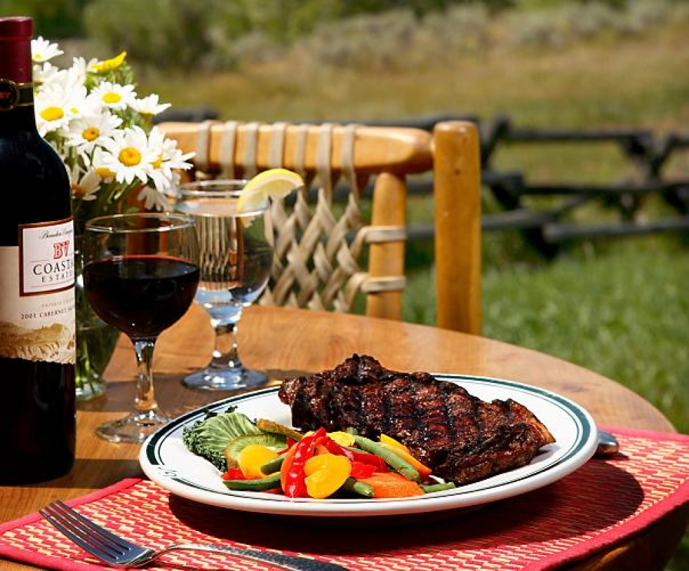 Gros Ventre Steak Food Picnic Fine Dining for Foodies