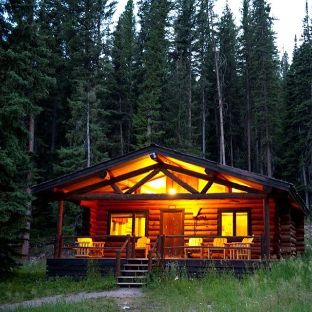 Lone Mountain Cabin Dude Ranch