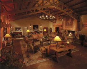 Rancho de los Caballeros is a low altitude dude ranch in Wickenburg, Arizona