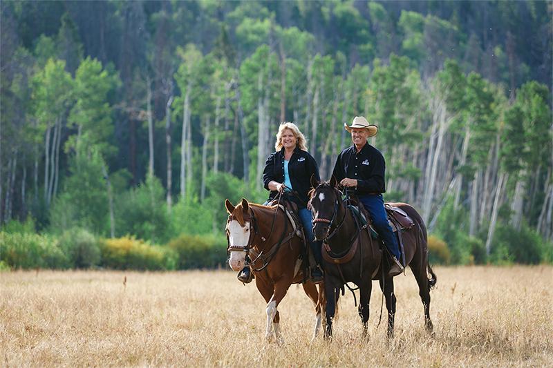 RawahRanch_HorsebackRiding_Meg&Tim_Sm