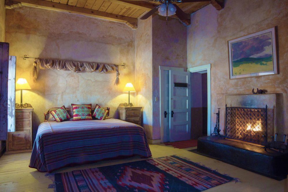 Rancho de la osa room with beds